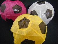 サッカーボールの紙風船